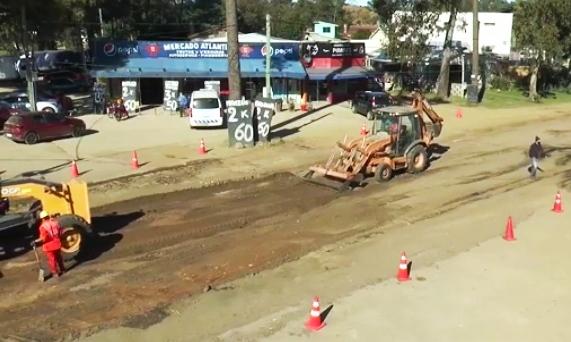 Obras en las Calles Ciudad de Montevideo y Pinares de Atlántida